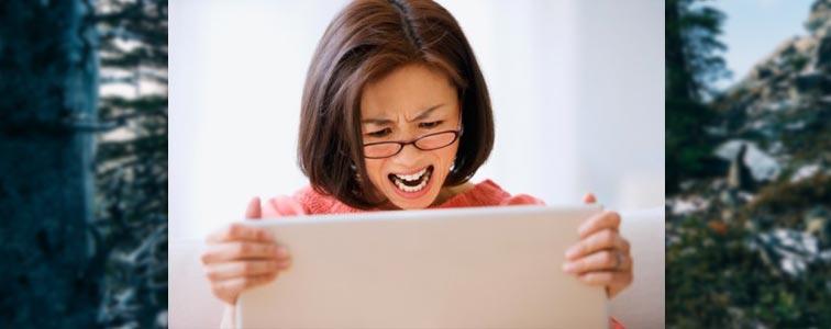 Злая девушка, когда у неё самопроизвольно отключается компьютер