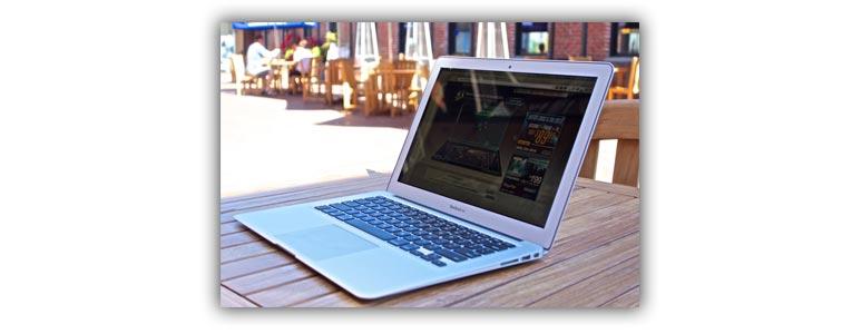 Тонкий ноутбук macbook air