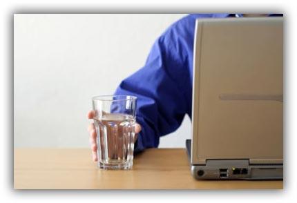 Попадение влаги на аккумулятор ноутбука